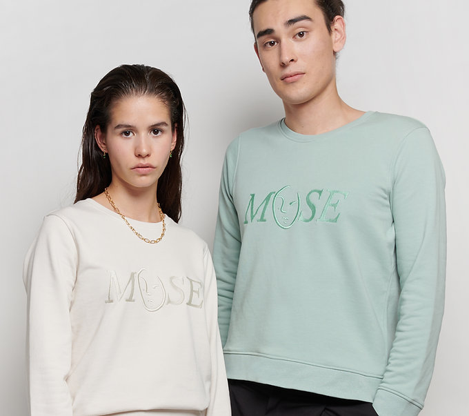 MUSE Emboidery_Sweater_ZOE MUSE_Unisex_t