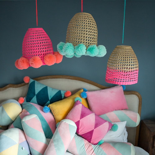 Pompom lampshade - pink