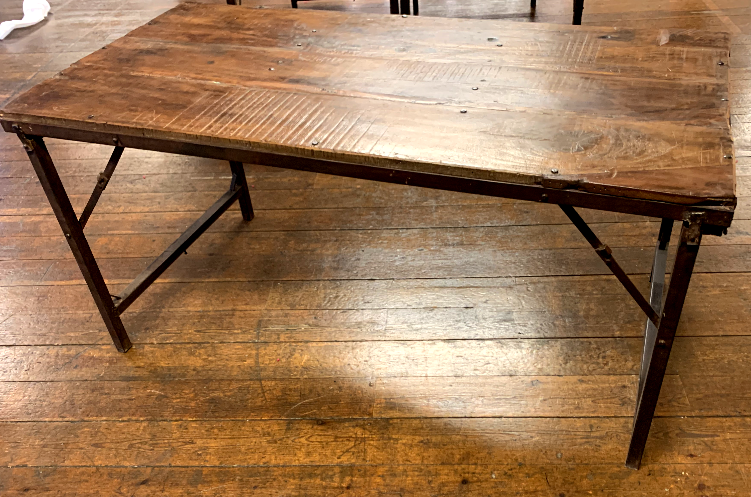 wooden_trestle_table_little_top