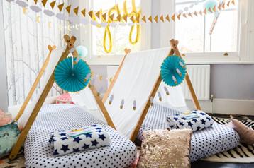 Sleepover_party_tent