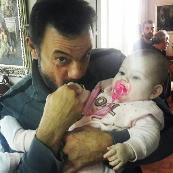Айхан с малышкой Дениз
