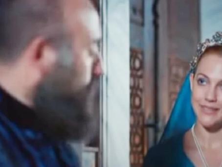 Последняя сцена Мерьем Узерли и Халита Эргенча в «Великолепном веке», после чего заменили актрису
