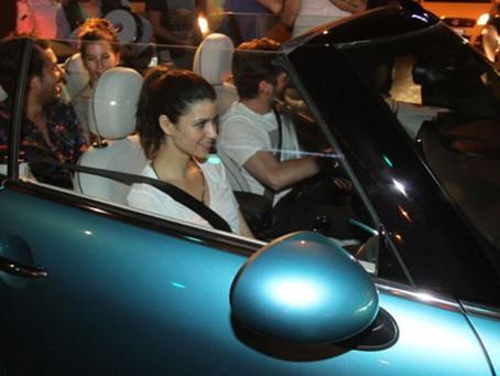 На чем ездят турецкие звезды: 30 шикарных авто знаменитостей