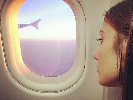 Звезды в облаках: 5 селфи турецких актеров в самолетах