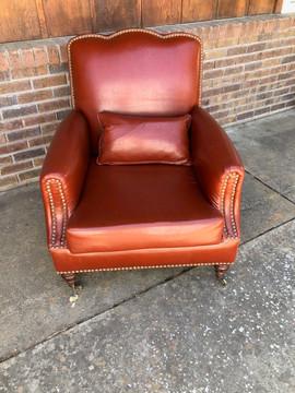Bachelor Chair