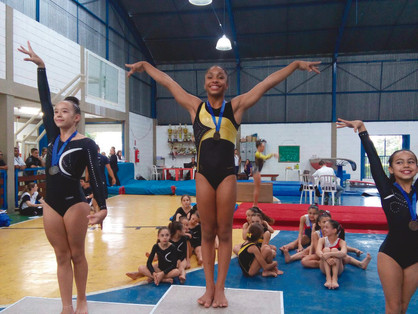 Ginasta paulinense é campeã de paralelas no Troféu Liga