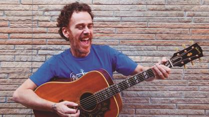 Nando Reis apresenta novo álbum em Paulínia