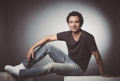 Marco Luque apresenta novo espetáculo '1,2,3 Testando!'