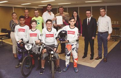 Paulínia Racing Bicicross recebe doação da Fundação Itaú