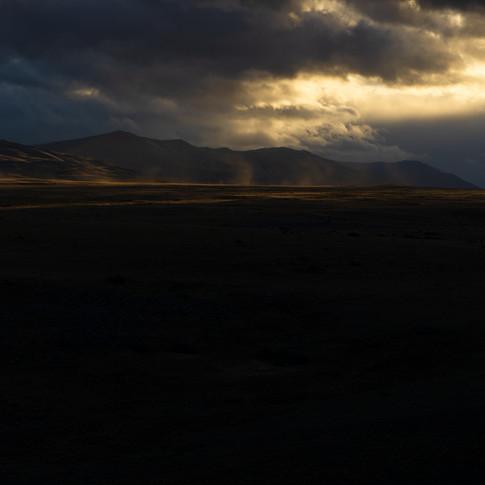 Lichtdurchbruch über Patagonien