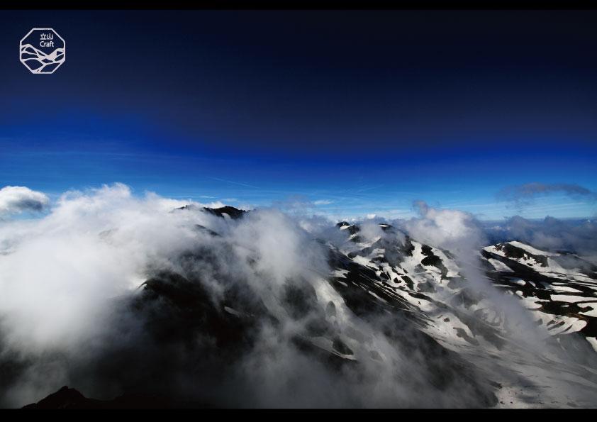 立山の四季 山頂.jpg