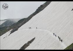 立山の四季-雪渓.jpg