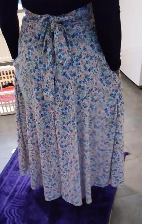 Skirt6.jpeg