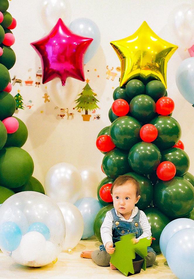 クリスマスツリーバルーン