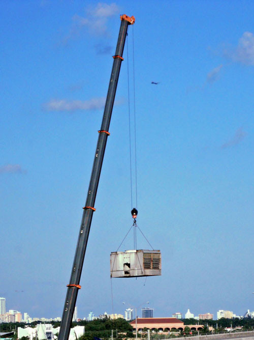 Crane Lift of Cooling Tower