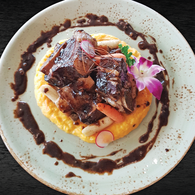 BRAISED BONE IN BEEF SHORT RIB W. BUTTERNUT SQUASH PUREE