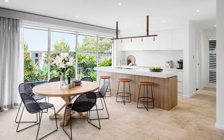 Kitchen - C wood - U white - B white - u