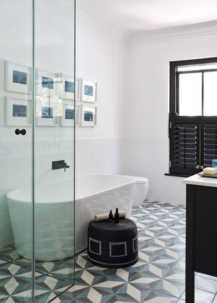 jj.bathroom4 copy.jpg
