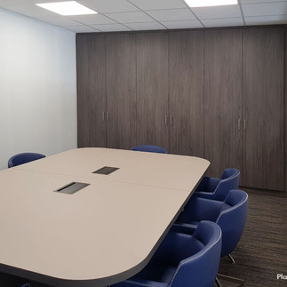 PlacarDesign_E_MobBureau_Table+.jpg
