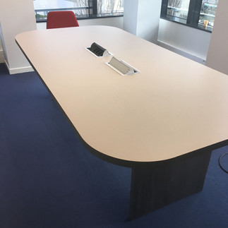 PlacarDesign_E_MobBureau_Table.jpg