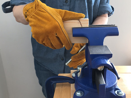 Vice, Clamps, Miter Box: Keep That Wood Still