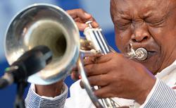 Hugh Masekela beim Elbjazz Festival