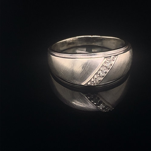 14k White Gold Wedding Band with Diamonds