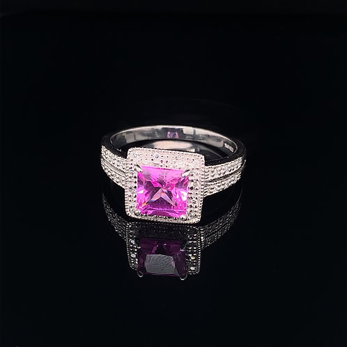 10k White Gold Diamond and Pink Ice Ring