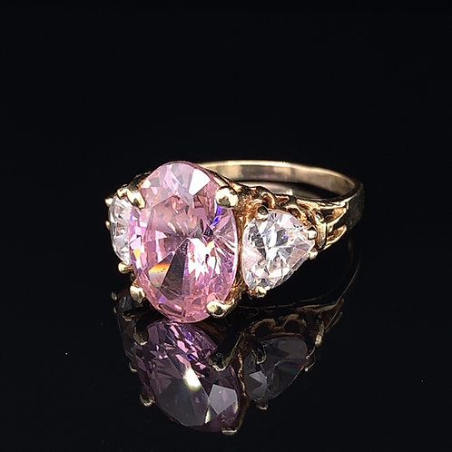 10k Yellow Gold Pink Ice and Heart shaped CZ Ring