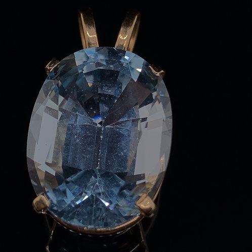 14k Yellow Gold Blue Topaz Gemstone Charm