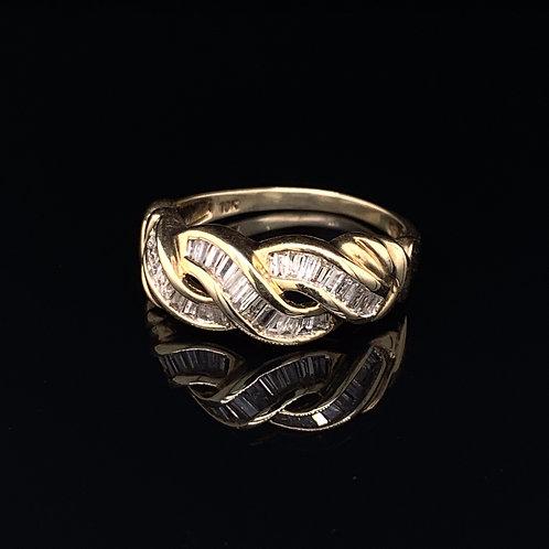 10k Yellow Gold Diamond Bagguette Ring