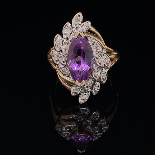 10k Yellow Gold Amethyst and Diamond Chip Ring
