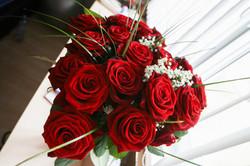 Girls Love Roses