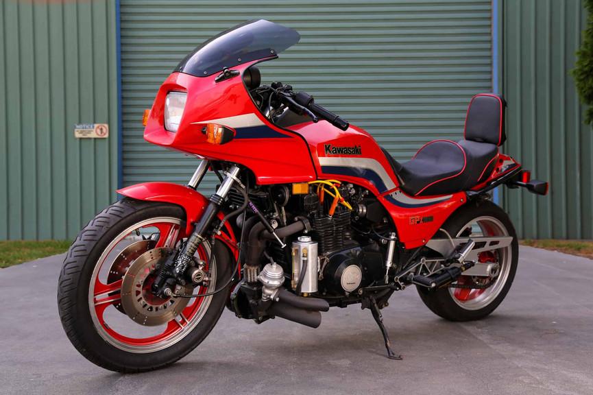 1982-Kawasaki-GPZ1100-Turbo-f45ls.jpg