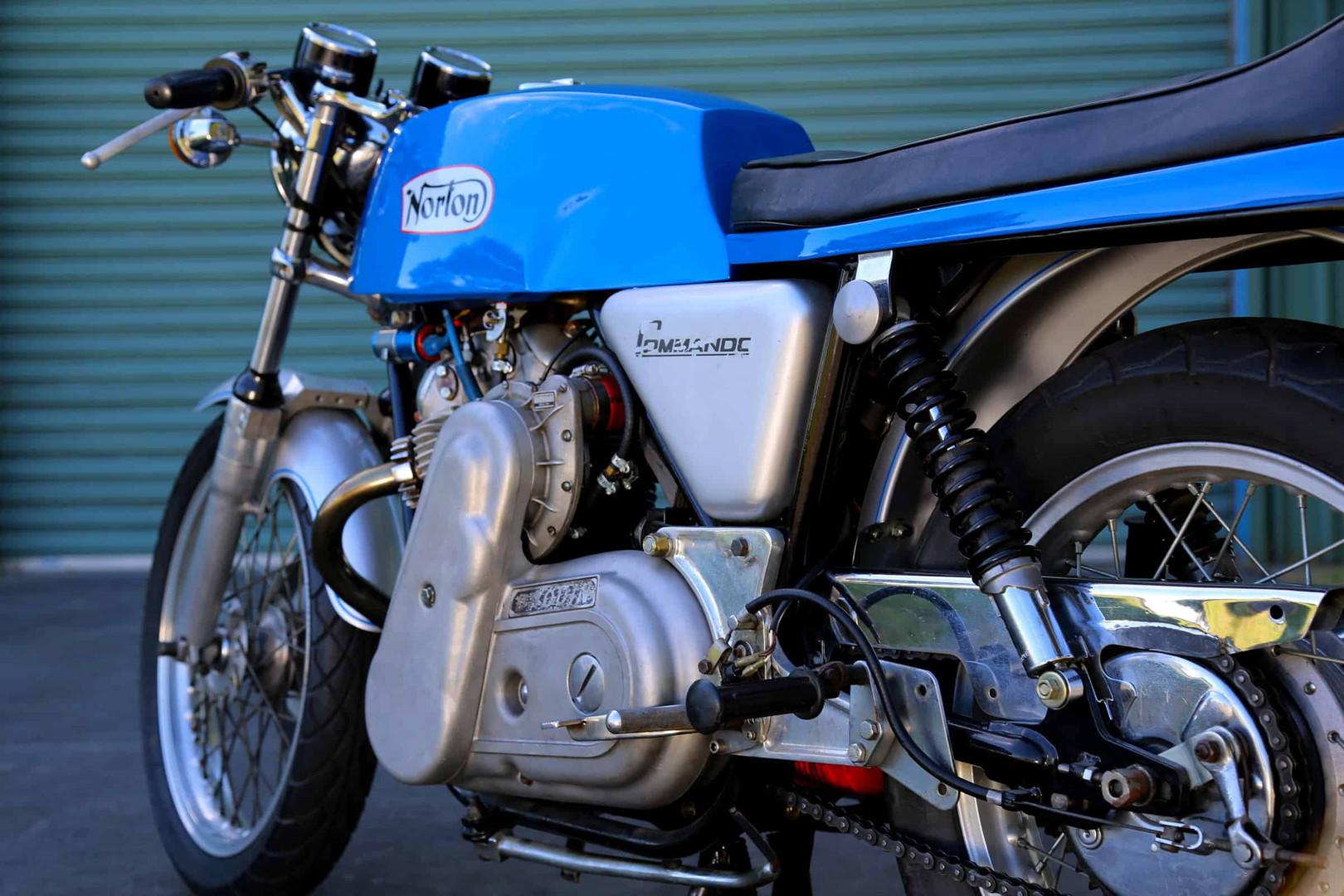 Norton-Supercharged-blue-detail.jpg