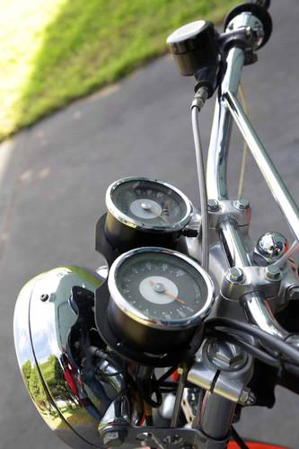 1966-Triumph-XR750-instruments.jpg