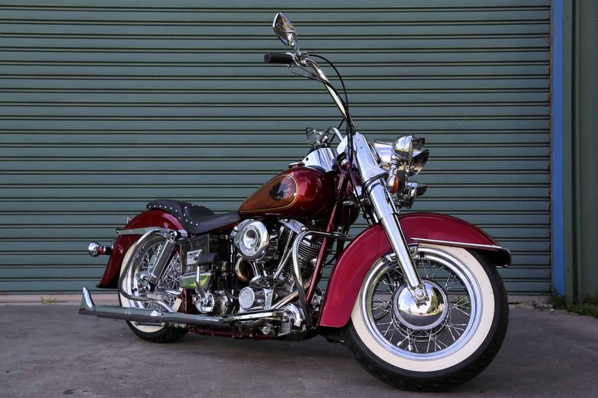 1970-Harley-Davidson-FLH-red-f45rs.jpg