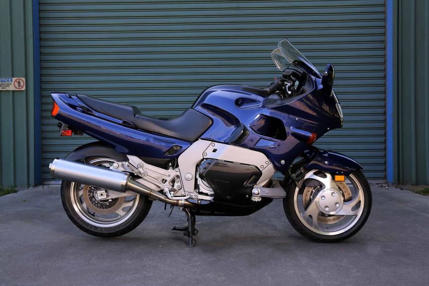 1993-Yamaha-GTS-blue-crs.jpg