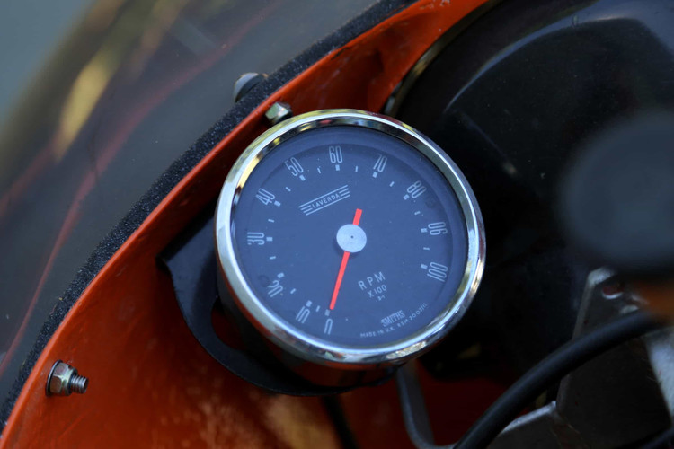 1972-Laverda-750SF-orange-dash.jpg