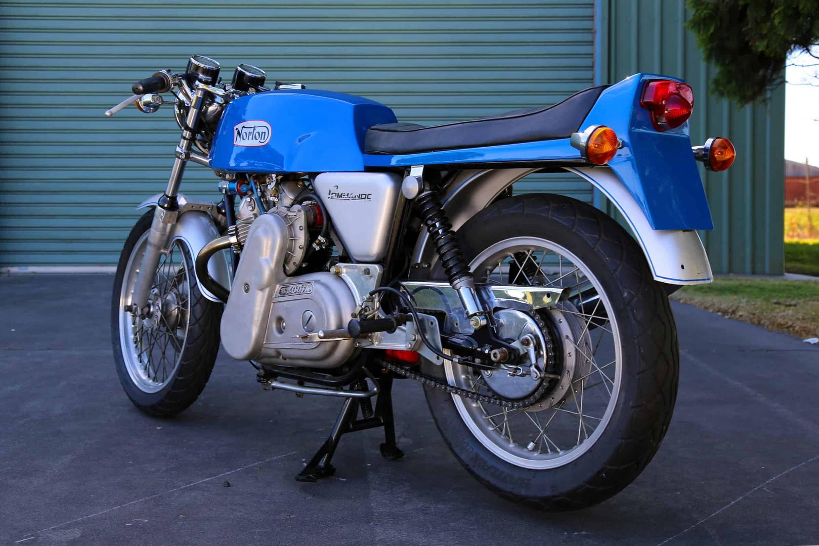 1974-Norton-Supercharged-blue-b45ls.jpg