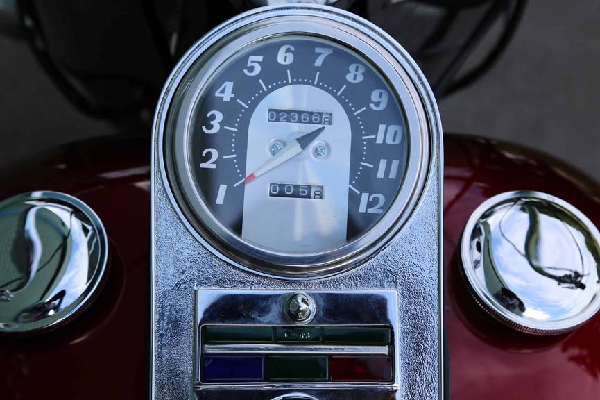 1970-Harley-Davidson-FLH-red-dash.jpg