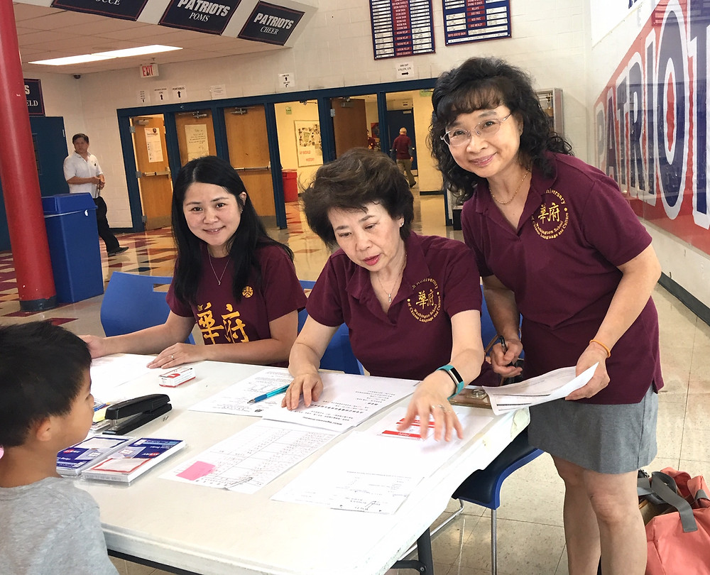WSCLC staff helping with registration