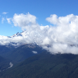 Cloudy Mount Rainier day