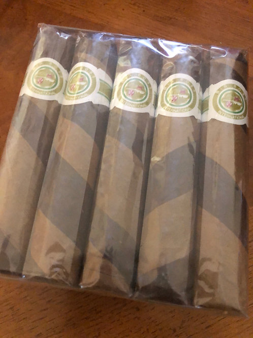 "Big Boss  ""Gift Pack ""Torpedo"" Barber poles  25 CIGARS"