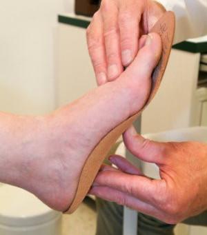 How Custom Orthotics Help with Heel Pain