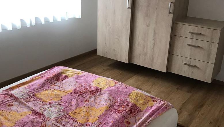 Schlafzimmer Wohnung 1.jpg