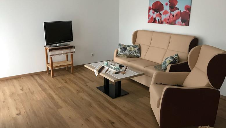 Sitzecke WZ Wohnung 1.jpg