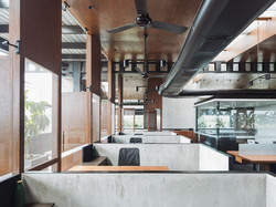 Contemporary Terrace Office, India