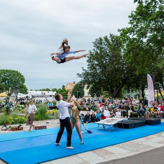 Cirkus akrobatik