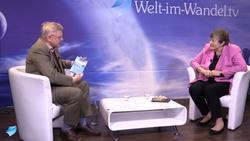 Kristina Interview mit Buch_edited